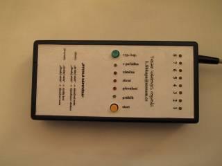 Tester kabelových rozvodů pro výpočetní techniku