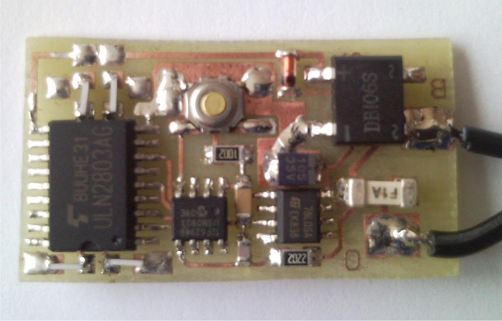 Dekodér funkcí DCC (MOTOROLA)